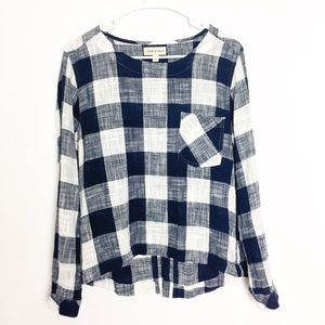 Cloth & stone Linen Look Navy/white Plaid Top - M
